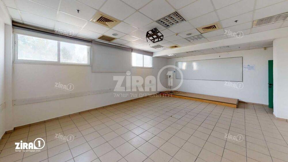 משרד בבניין היוצרים 2 | קומה 2 | שטח 1100מ״ר  | תמונה #0 - 1