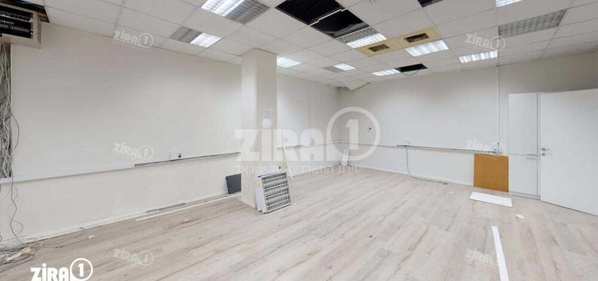 משרד בבניין בית אשבד | קומה 2 | שטח 790מ״ר  | תמונה #0 - 1
