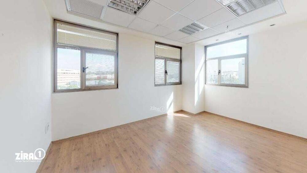 משרד בבניין בית מרדכי עליאש | קומה 4 | שטח 200מ״ר  | תמונה #0 - 1