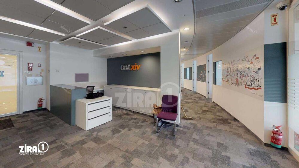 משרד בבניין בניין עזריאלי  - מגדל משולש | קומה 16 | שטח 760מ״ר  | תמונה #0 - 1