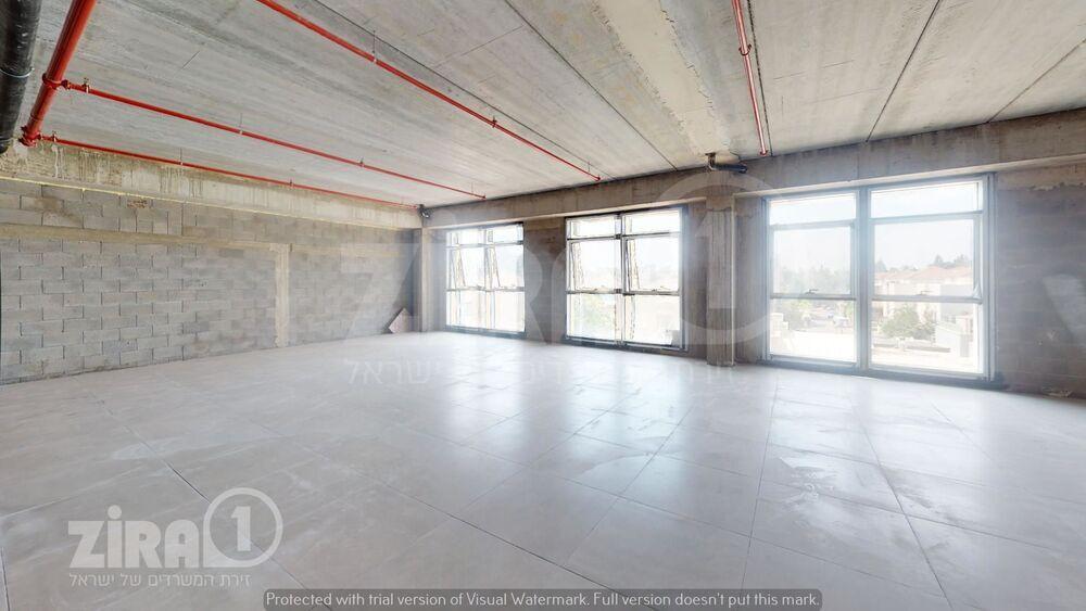 משרד בבניין נחלה 6   קומה 1   שטח 750מ״ר    תמונה #0 - 1