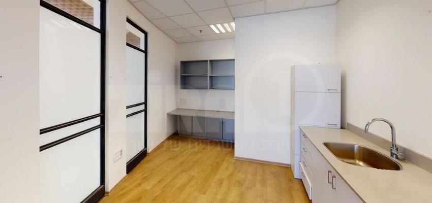 משרד בבניין הנגר 6א   קומה 2   שטח 195מ״ר    תמונה #0 - 1