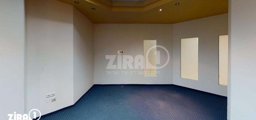 משרד בבניין בית שהם פתח תקווה   קומה 2   שטח 336מ״ר    תמונה #0 - 1