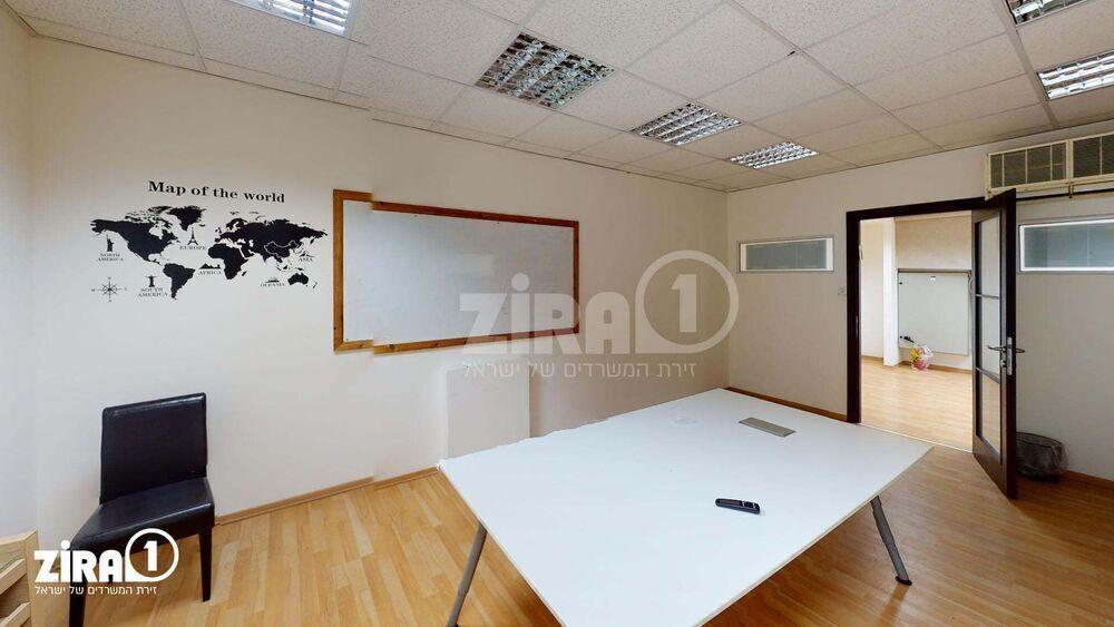 משרד בבניין בית הלה | קומה 2 | שטח 250מ״ר  | תמונה #0 - 1