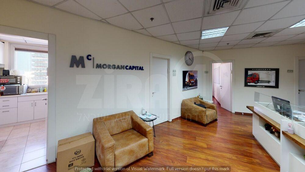 משרד בבניין בית פנינת הסיטי   קומה 6   שטח 180מ״ר    תמונה #0 - 1