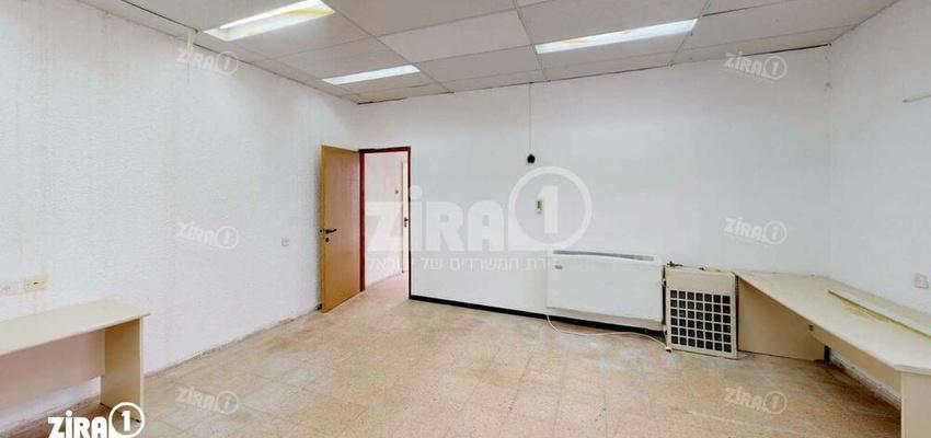 משרד בבניין בניין העיר העתיקה   קומה 1   שטח 55מ״ר    תמונה #0 - 1