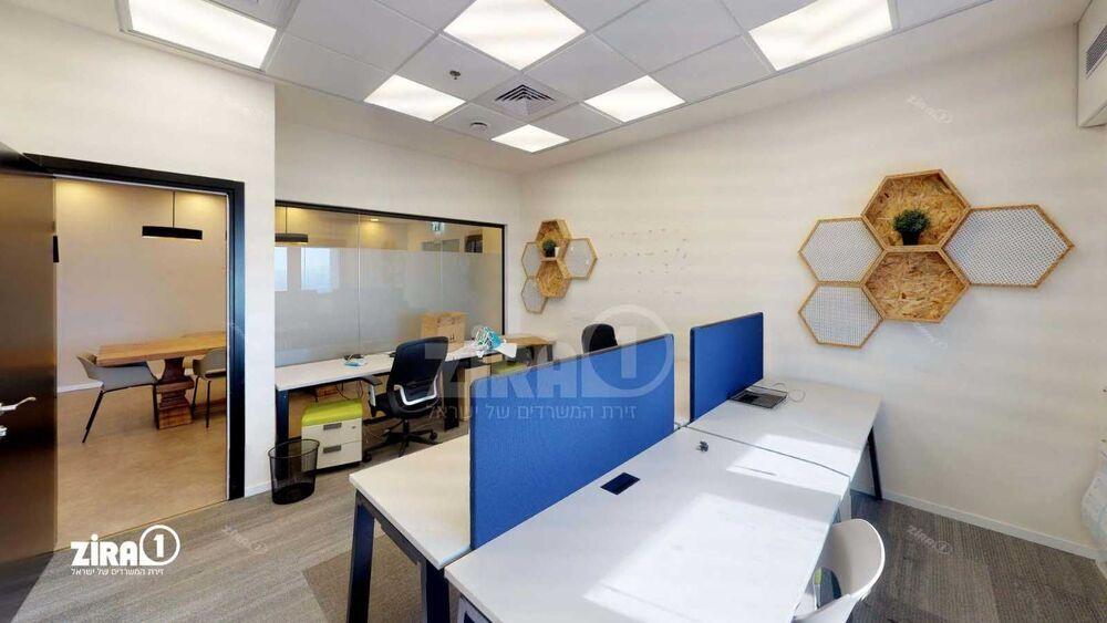 משרד בבניין מגדל עתידים- בניין 4 | קומה 15 | שטח 266מ״ר  | תמונה #0 - 1
