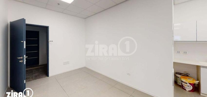 משרד בבניין בניין קורן 2   קומה 4   שטח 94מ״ר    תמונה #0 - 1