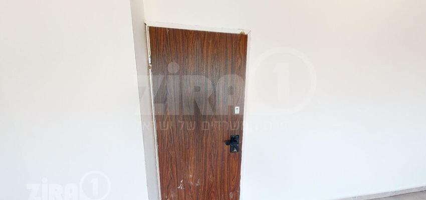 משרד בבניין זאב אורלוב 77 | קומה 1 | שטח 58מ״ר  | תמונה #0 - 1