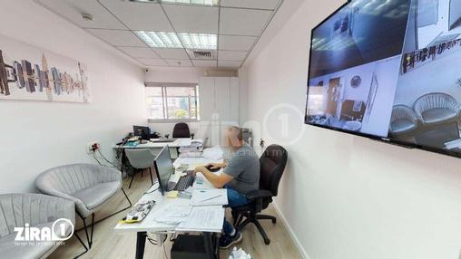 משרד בבניין פלוטיצקי 17 | קומה 1 | שטח 22מ״ר  | תמונה #4 - 1