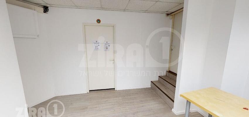 משרד בבניין בית הרוויקס   קומה 0   שטח 100מ״ר    תמונה #0 - 1