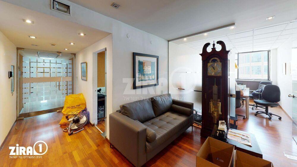 משרד בבניין בית הקרן | קומה 7 | שטח 280מ״ר  | תמונה #0 - 1