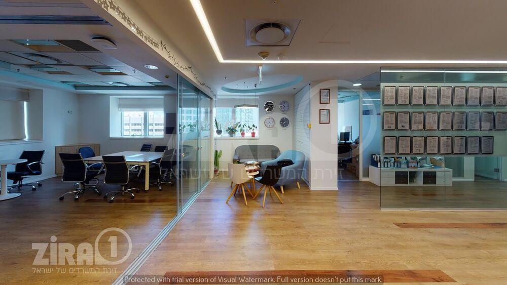 משרד בבניין מגדל משה אביב   קומה 15   שטח 850מ״ר    תמונה #0 - 1