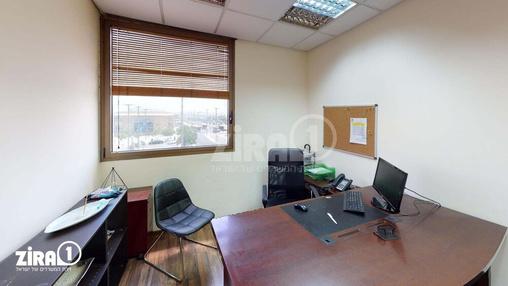 משרד בבניין בית אביסרור | קומה 2 | שטח 170מ״ר  | תמונה #0 - 1