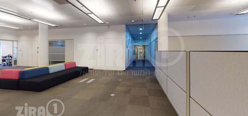 משרד בבניין בית קודאק   קומה 2   שטח 1084מ״ר    תמונה #0 - 1