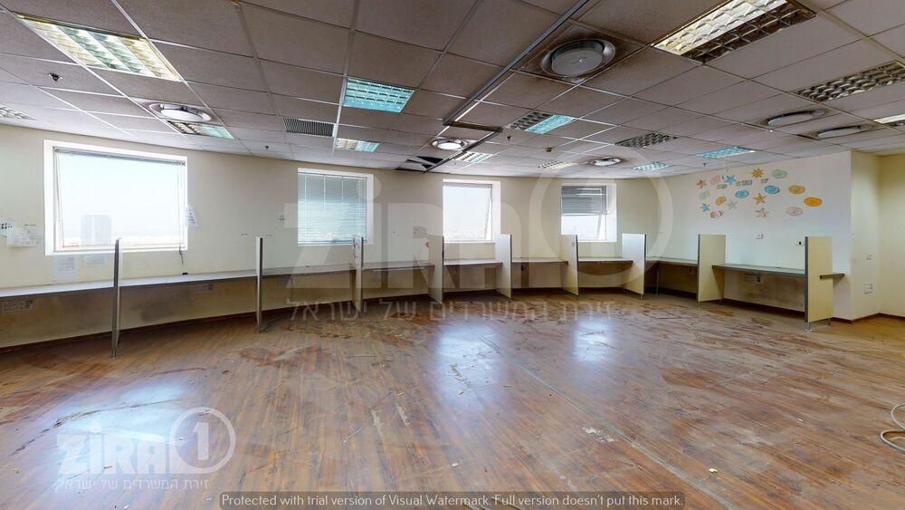 משרד בבניין מגדל משה אביב   קומה 36   שטח 458מ״ר    תמונה #0 - 1