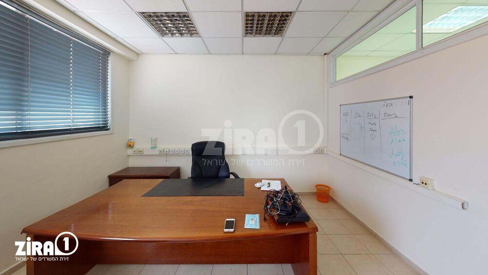 משרד בבניין בית עמוס | קומה 3 | שטח 190מ״ר  | תמונה #0 - 1