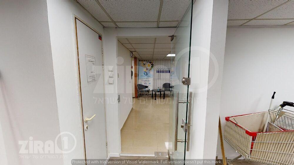משרד בבניין בית הרוויקס   קומה 4   שטח 250מ״ר    תמונה #0 - 1