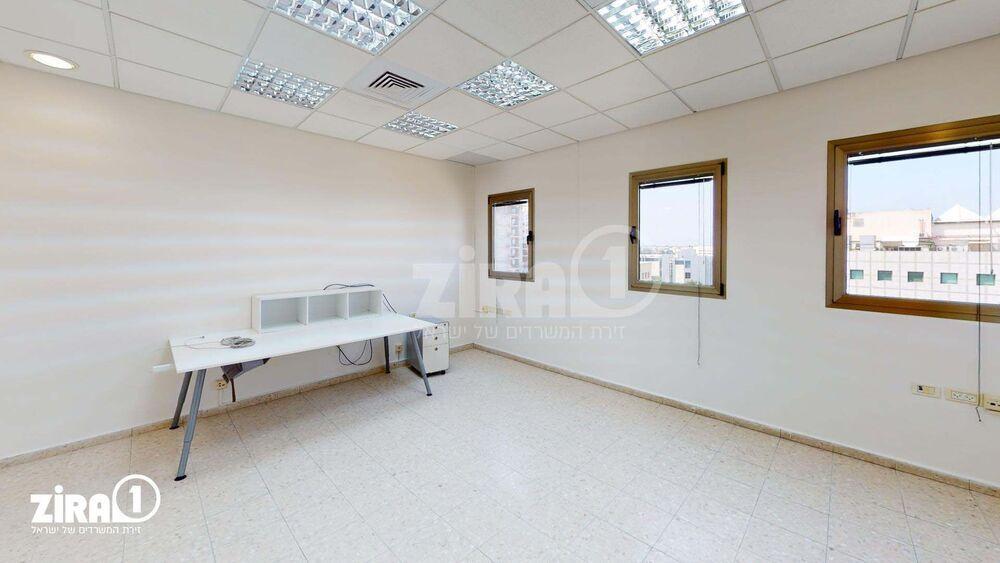 משרד בבניין לב המדע | קומה 4 | שטח 338מ״ר  | תמונה #0 - 1
