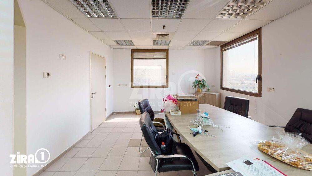 משרד בבניין בית אביסרור | קומה 4 | שטח 350מ״ר  | תמונה #0 - 1