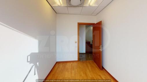 משרד בבניין מגדל משה אביב | קומה 51 | שטח 160מ״ר  | תמונה #1 - 1
