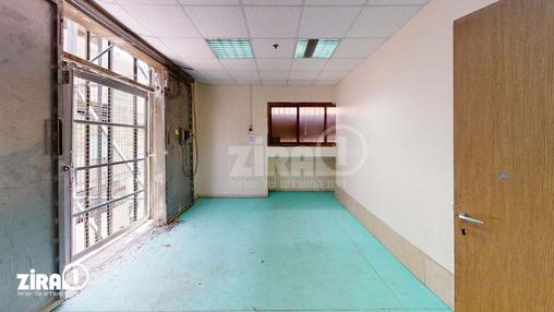 משרד בבניין בית קומפי | קומה 2 | שטח 200מ״ר  | תמונה #6 - 1