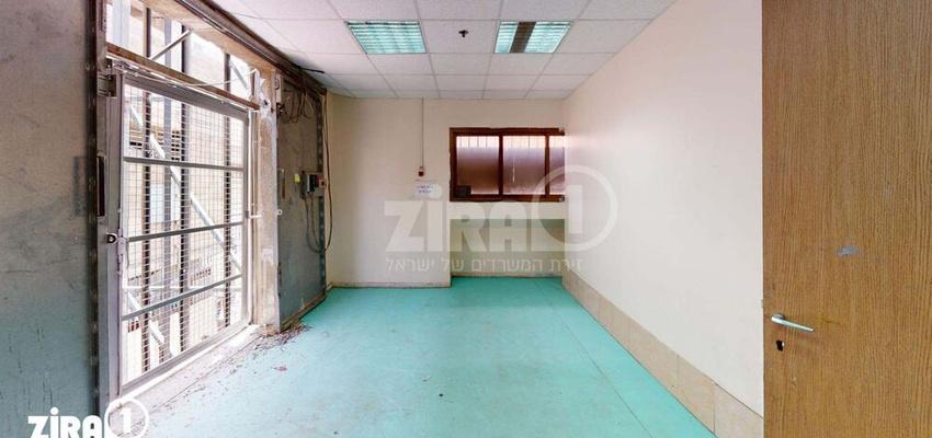 משרד בבניין בית קומפי | קומה 2 | שטח 200מ״ר  | תמונה #0 - 1