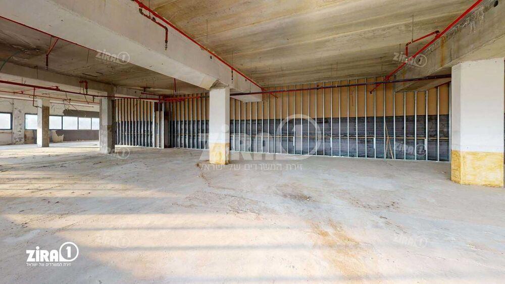 משרד בבניין הצורן 2  | קומה 1 | שטח 600מ״ר  | תמונה #0 - 1