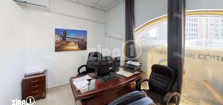 משרד בבניין בניין מול הקשתות | קומה 1 | שטח 60מ״ר  | תמונה #0 - 1