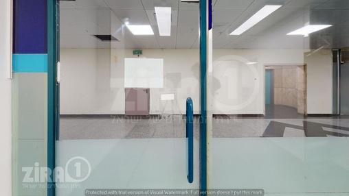משרד בבניין טקסטיל סנטר | קומה 0 | שטח 105מ״ר  | תמונה #12 - 1