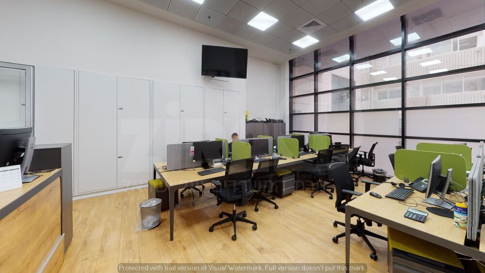 משרד בבניין מנורת המאור 8   קומה 0   שטח 156מ״ר    תמונה #0 - 1