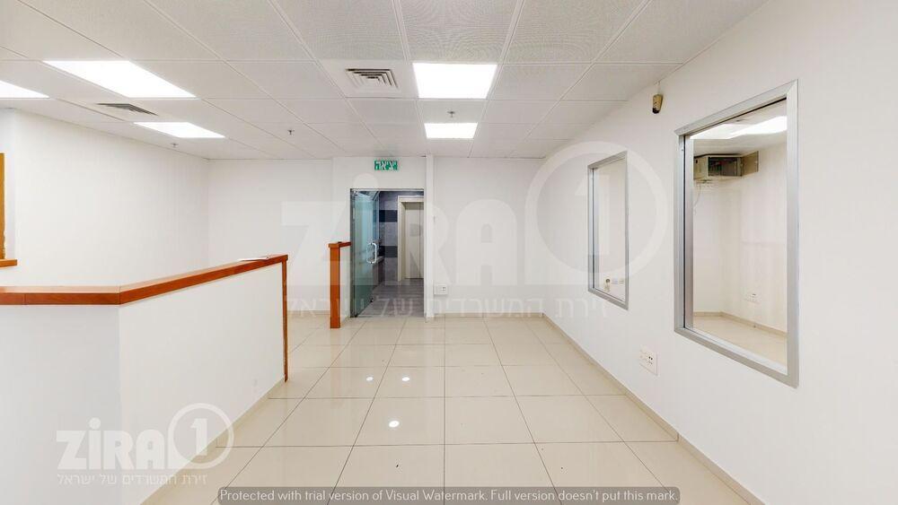 משרד בבניין הלפיד 8 | קומה 1 | שטח 150מ״ר  | תמונה #0 - 1