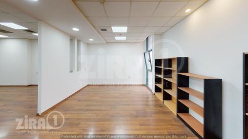 משרד בבניין טקסטיל סנטר | קומה 1 | שטח 102מ״ר  | תמונה #10 - 1