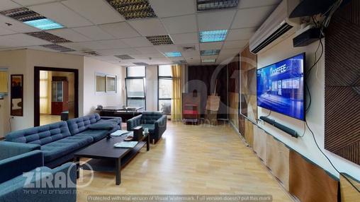 משרד בבניין טקסטיל סנטר | קומה 1 | שטח 120מ״ר  | תמונה #5 - 1
