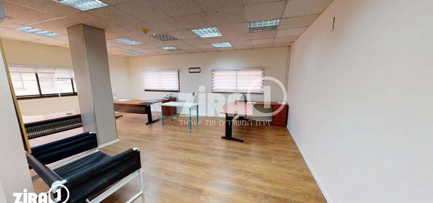 משרד בבניין בית התעשיינים | קומה 1 | שטח 70מ״ר  | תמונה #0 - 1