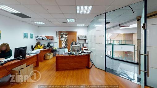 משרד בבניין טקסטיל סנטר | קומה 2 | שטח 107מ״ר  | תמונה #8 - 1