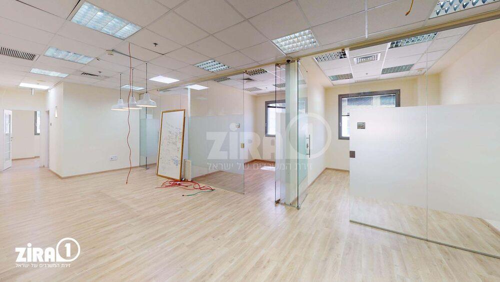 משרד בבניין תאומי הגלים- בניין A  | קומה 2 | שטח 694מ״ר  | תמונה #0 - 1