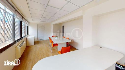 משרד בבניין בית התעשיינים | קומה 3 | שטח 150מ״ר  | תמונה #0 - 1