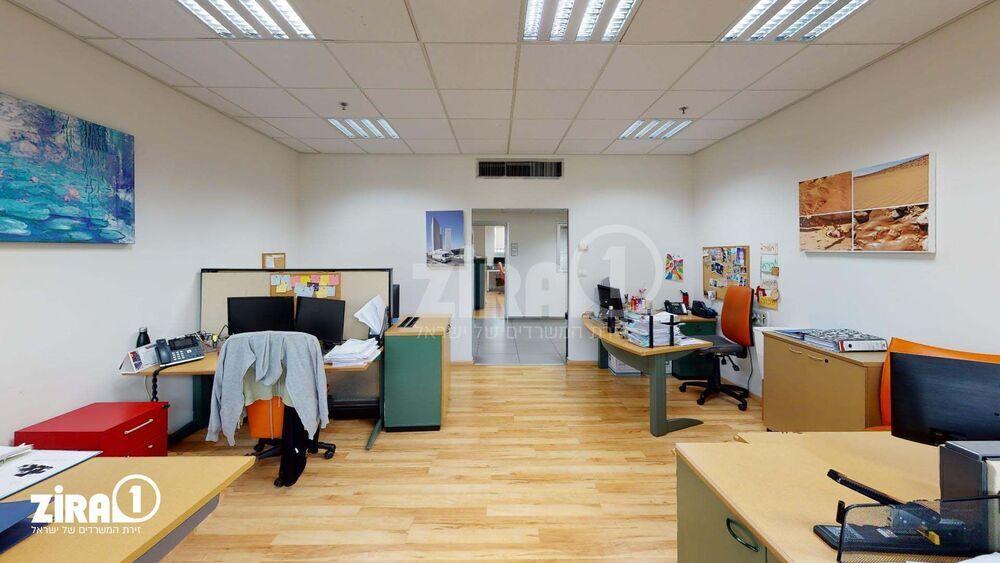 משרד בבניין בית אוריין | קומה 3 | שטח 530מ״ר  | תמונה #0 - 1