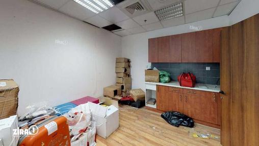 משרד בבניין טקסטיל סנטר | קומה 2 | שטח 140מ״ר  | תמונה #4 - 1