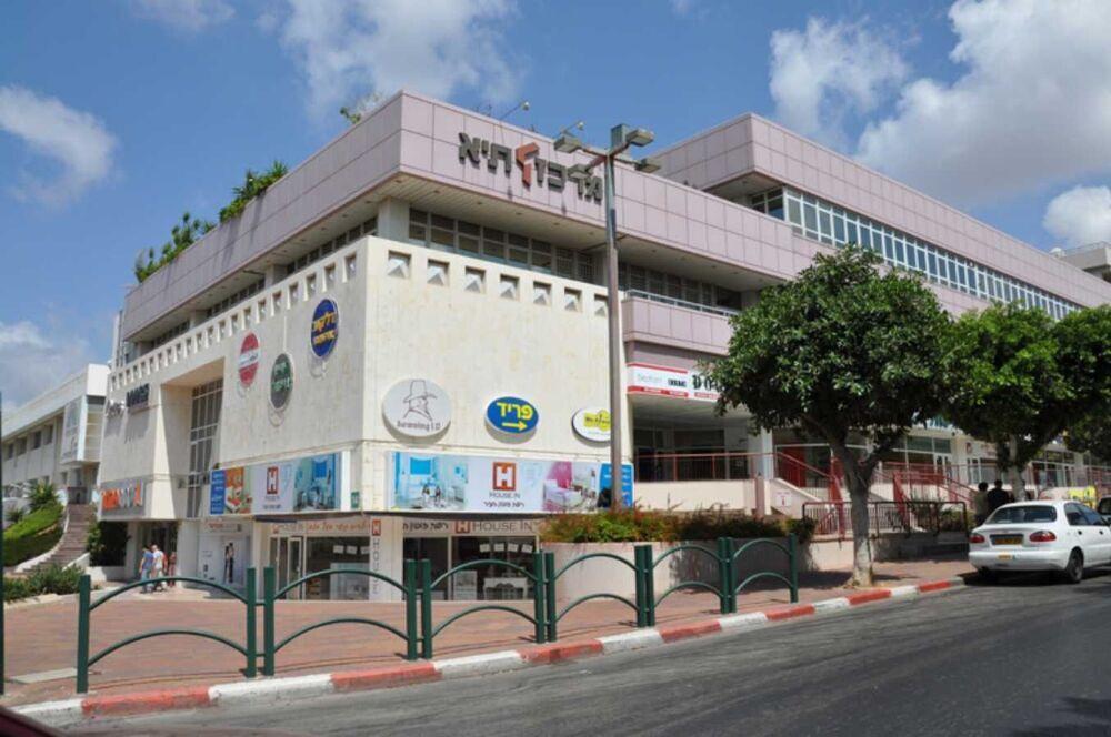 בניין מרכז תיא Taya Center ברעננה | רמת הבניין classB | תמונה #0 - 51