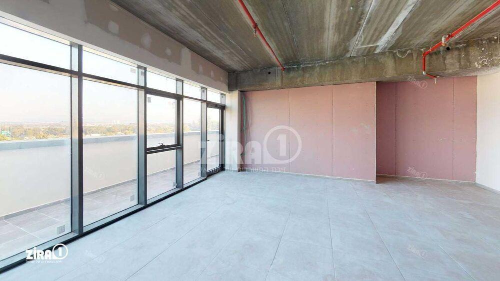 משרד בבניין מטרו וולפסון    קומה 4   שטח 105מ״ר    תמונה #0 - 1