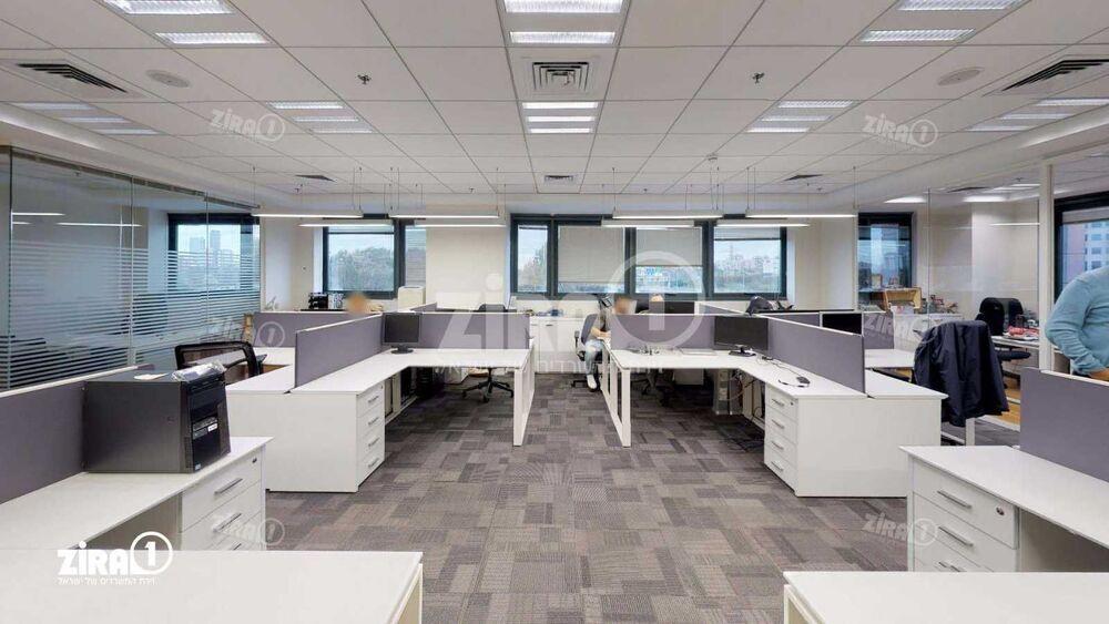 משרד בבניין דרך עדן 9 - בניין B   קומה: 2   שטח 220 תמונה   מ׳׳ר #11 - 1