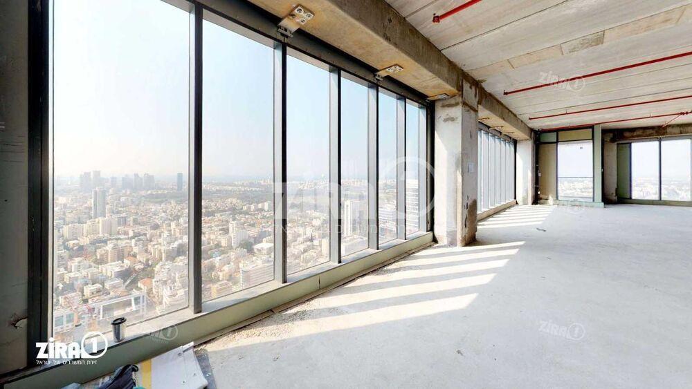 משרד בבניין מגדל הכשרת הישוב    קומה 40   שטח 400מ״ר    תמונה #0 - 1