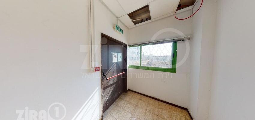 משרד בבניין בית דניאל | קומה 0 | שטח 191מ״ר  | תמונה #0 - 1