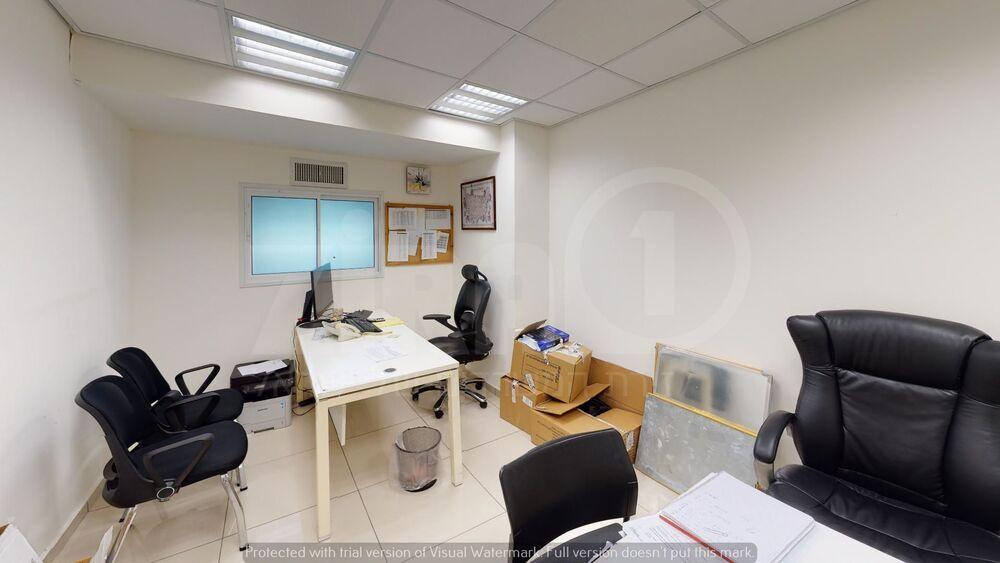 משרד בבניין בית שינדלר   קומה 1   שטח 160מ״ר    תמונה #0 - 1