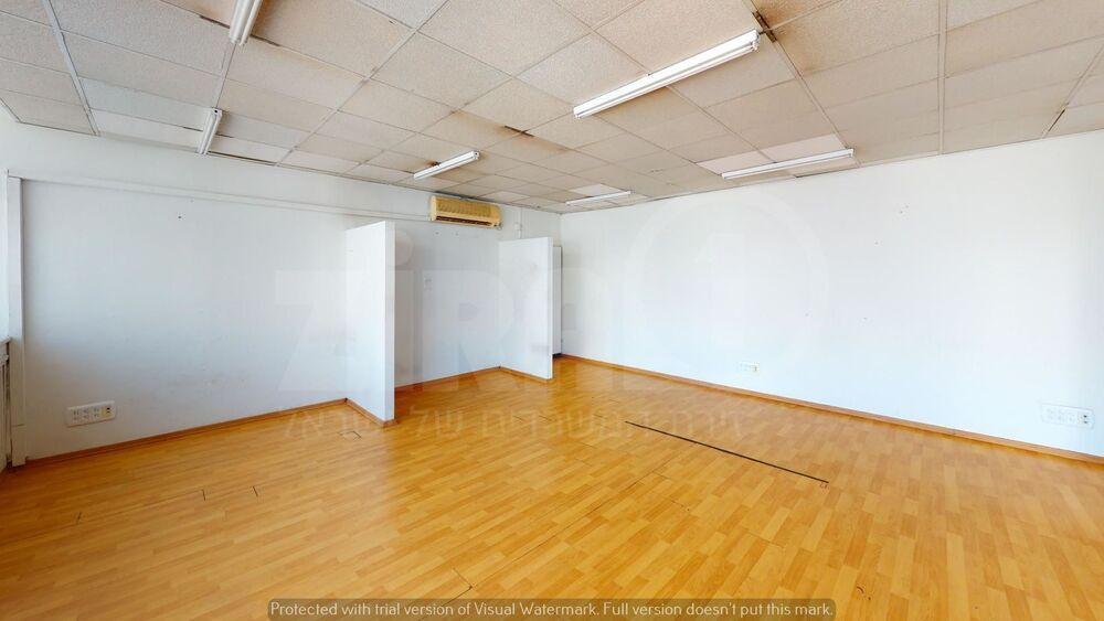 משרד בבניין הבונים 9 | קומה 3 | שטח 65מ״ר  | תמונה #0 - 1