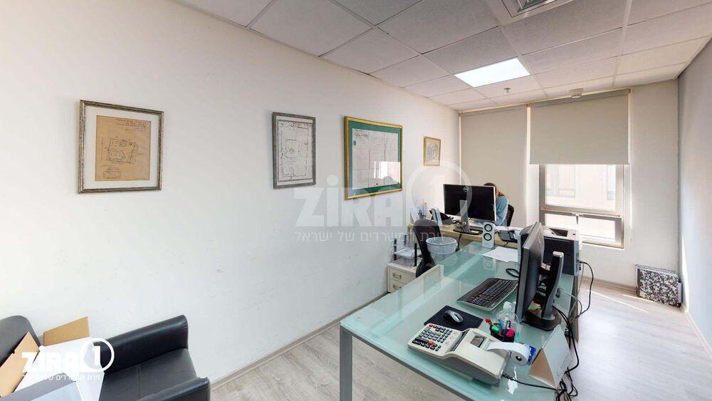 משרד בבניין קניון עזריאלי מודיעין | קומה 4 | שטח 148מ״ר  | תמונה #0 - 1