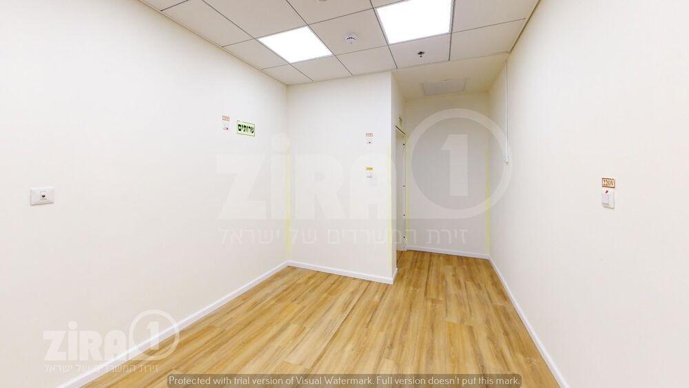 משרד בבניין מגדל הכשרת הישוב  | קומה 5 | שטח 38מ״ר  | תמונה #0 - 1