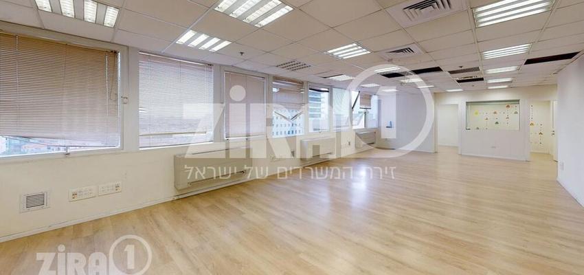 משרד בבניין מגדל שלום מאיר   קומה 6   שטח 174מ״ר    תמונה #0 - 1